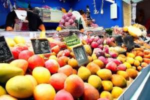 magasin-de-fruits_1216-369