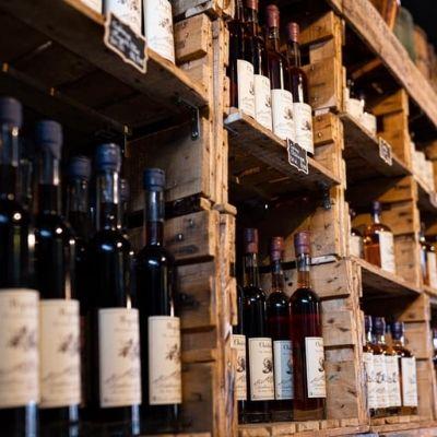 Bouteilles de liqueurs de la distillerie des aravis