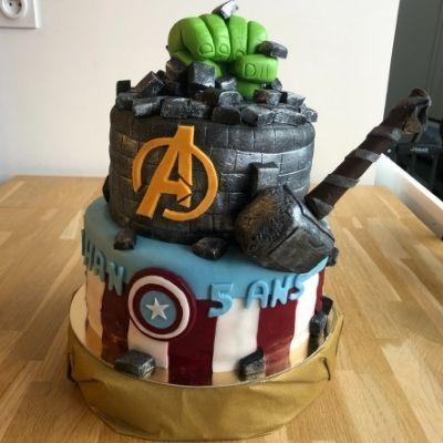 Gâteau Avengers réalisé par VK Evènements Cakes