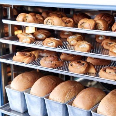 Petits pains et viennoiseries